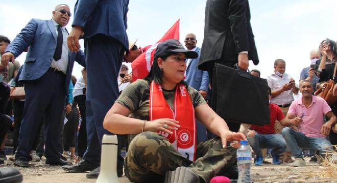عبير موسي تدخل في اعتصام مفتوح بساحة باردو (صور)   المنبر التونسي